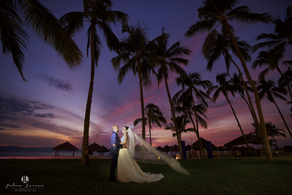 Wedding photographer – Real marriage at the Westin Resort Vallarta