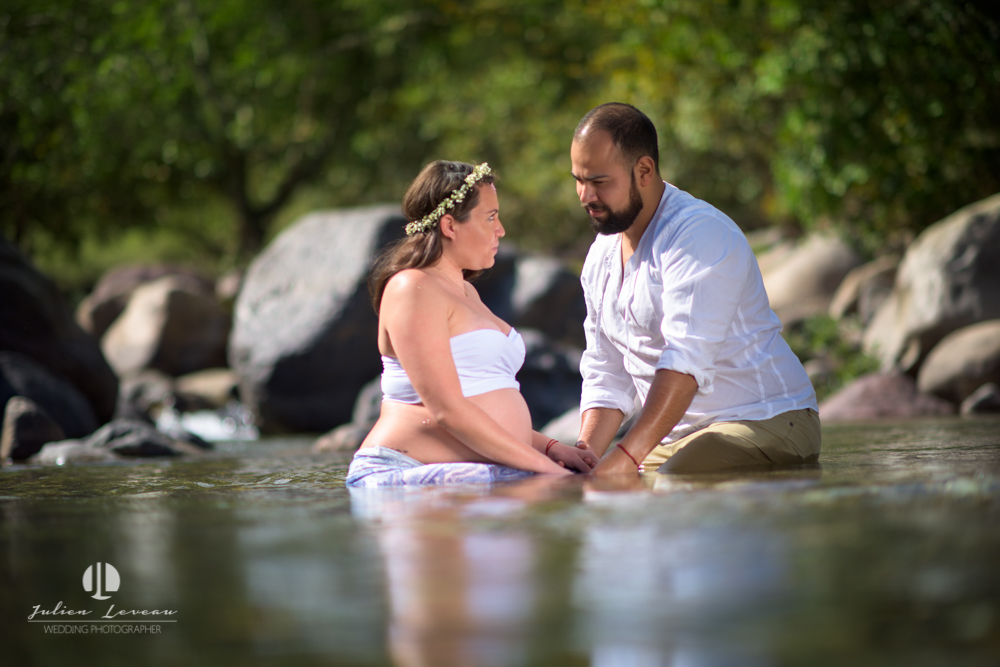 Professional photographer - Romantic pregnancy session