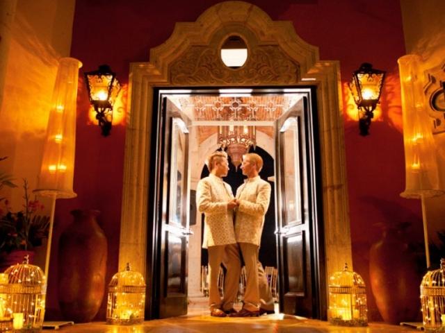 Professional photographer - LGBT Wedding in Puerto Vallarta - fine art