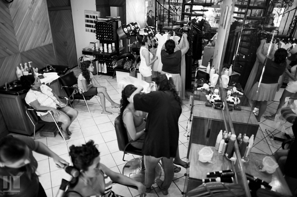 Professional wedding photographer - Marriage at Grand Mayan Palace, Nuevo Vallarta, Nayarit - beauty salon