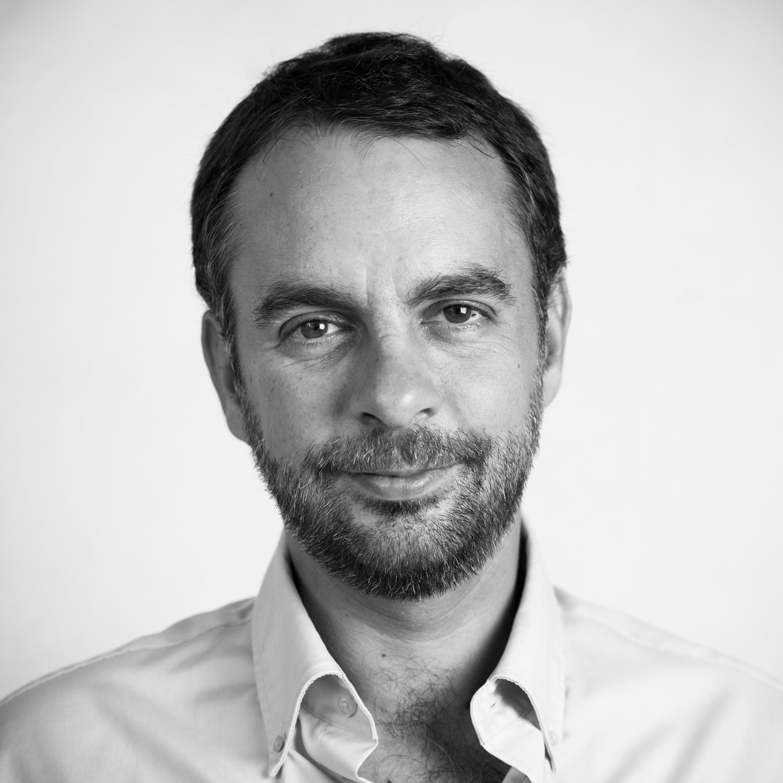 photographer Julien Leveau - portrait