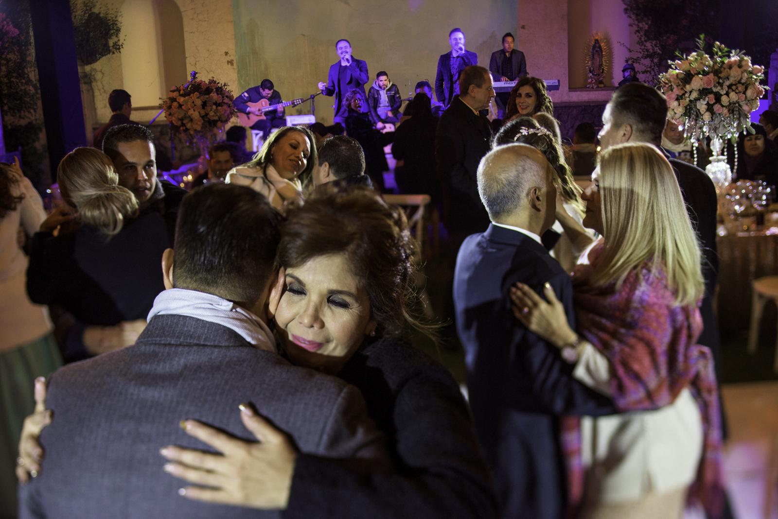 Destination Wedding photographer Puerto Vallarta - Family reunion