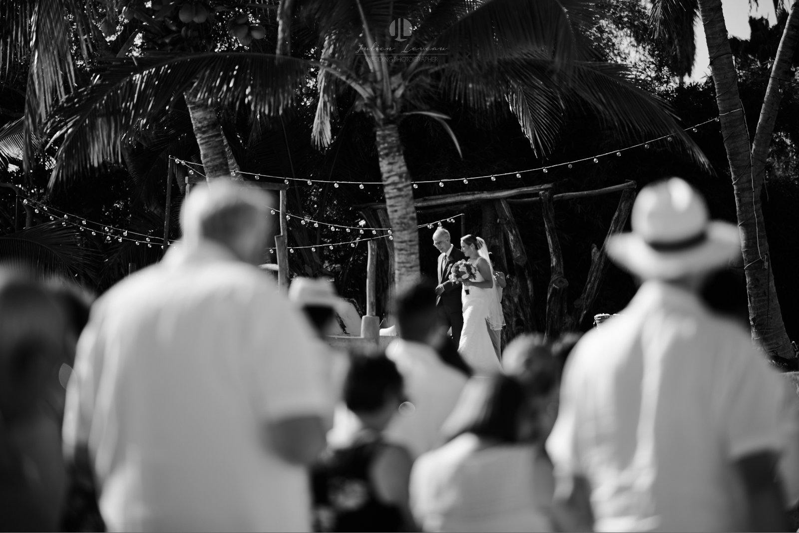 Wedding Photography - Dad and bride walking down the aisle