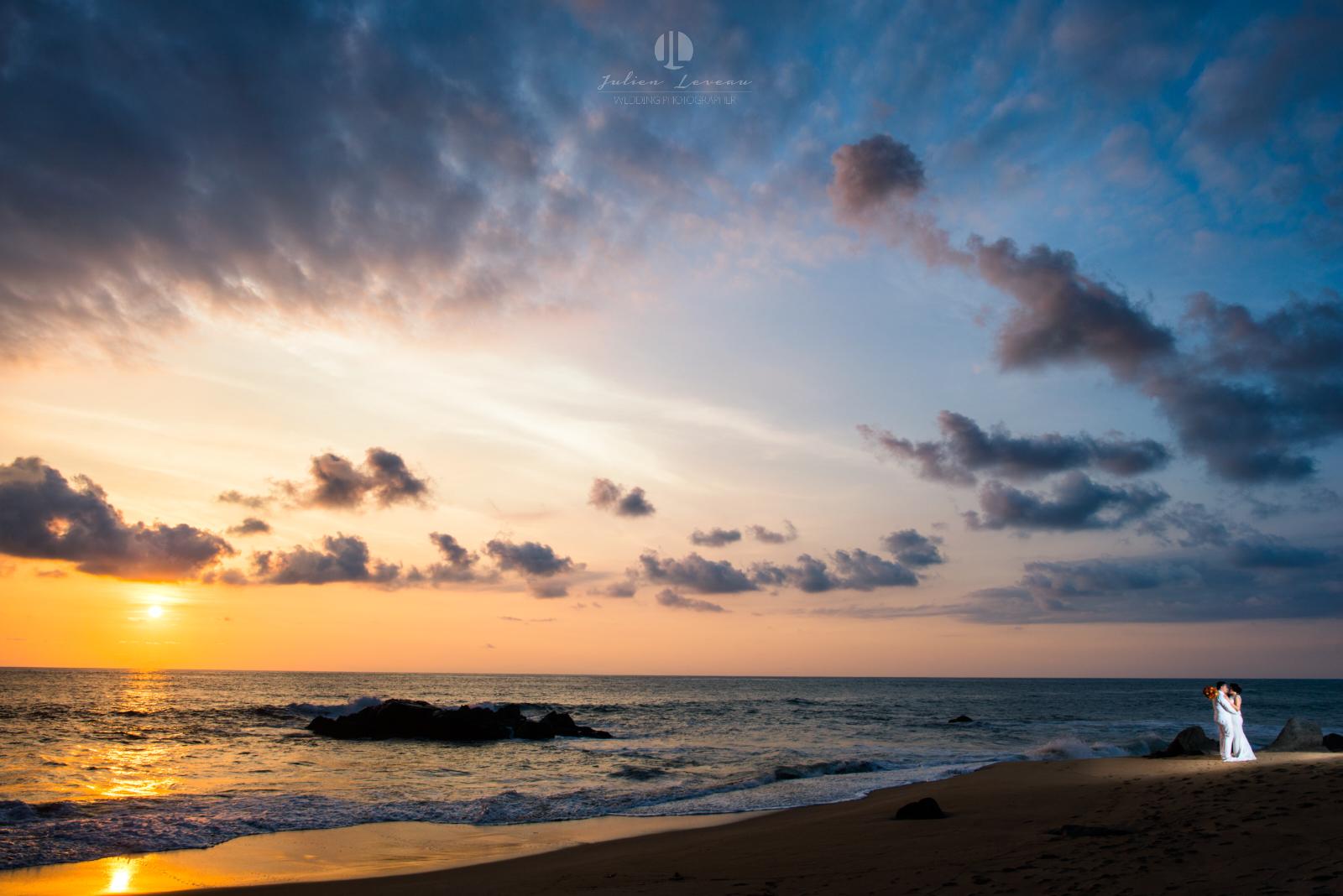Wedding Photographer in Puerto Vallarta - Romantic walk on the beach