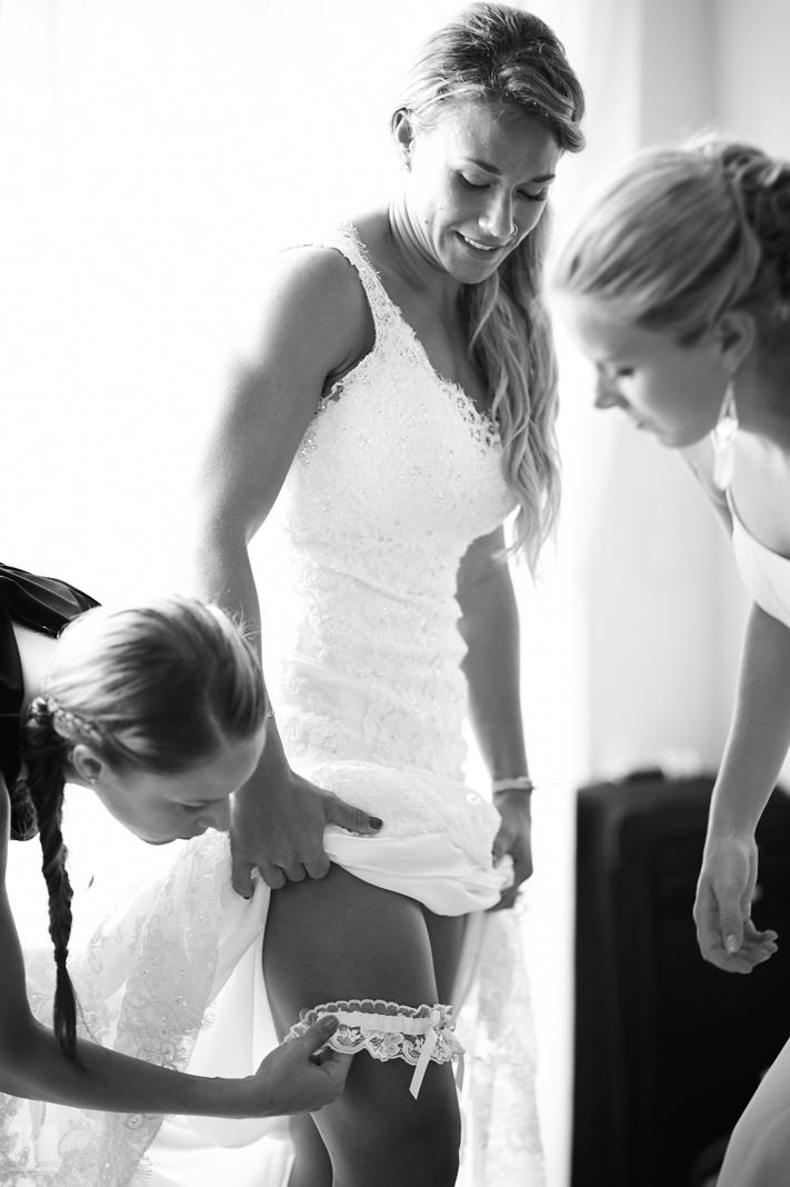 Wedding Photographer - Getting ready
