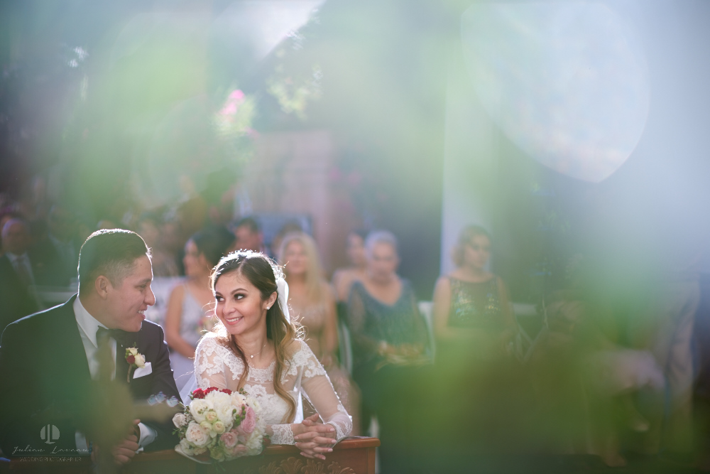 Professional Photographer – Romantic wedding at Sierra Lago, Jalisco, Mexico - couple during ceremony
