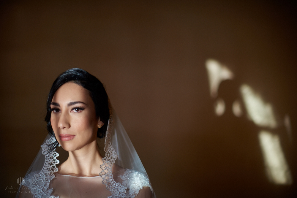 Wedding Photographer - Documentation at San Sebastian del Oeste, Jalisco - romantic shadows over bride