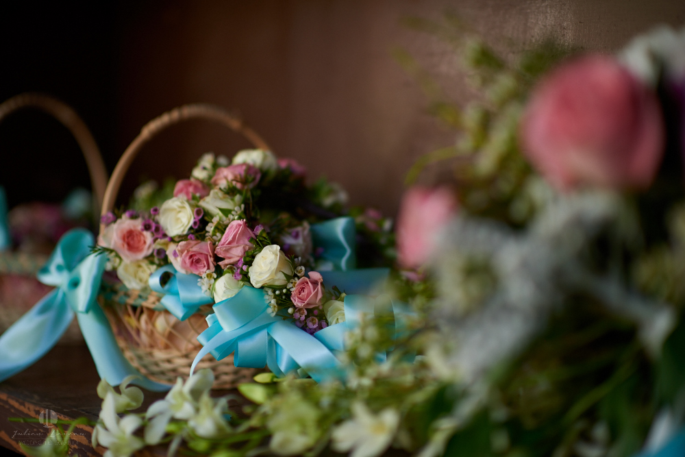 Wedding Photographer - Documentation at San Sebastian del Oeste, Jalisco - flowers and decoration