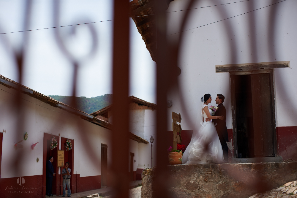 Wedding Photographer - Documentation at San Sebastian del Oeste, Jalisco - artistic photography