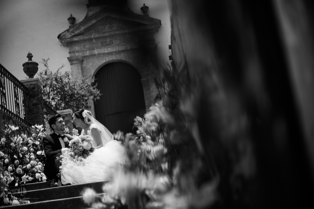 Wedding Photographer - Documentation at San Sebastian del Oeste, Jalisco - recently married