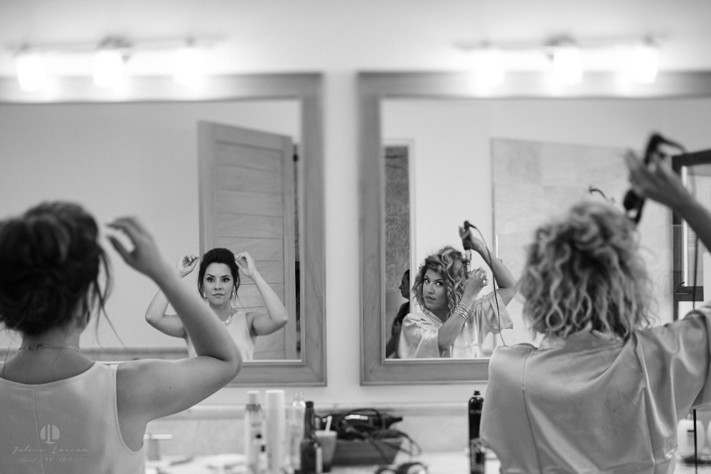 Professional Photographer in Puerto Vallarta - Real Wedding at Casa Karma - Getting ready wife B&W