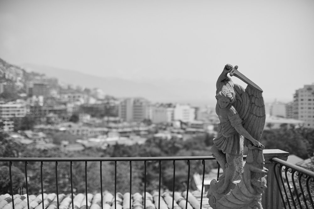 Professional wedding Photographer in Puerto Vallarta - Hacienda San Angel - sculpture