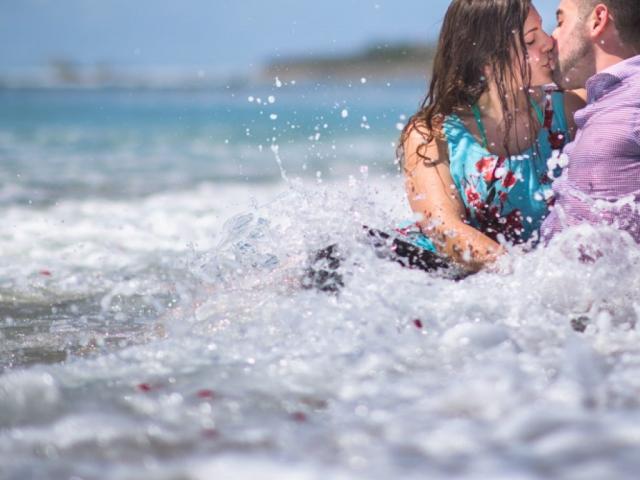 Wedding proposal on the Marietas Islands - trash the dress