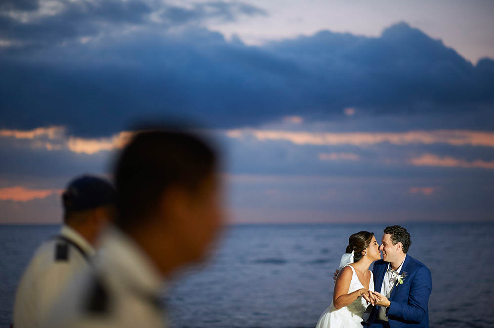Wedding photographer in Puerto Vallarta - Oscar's restaurant