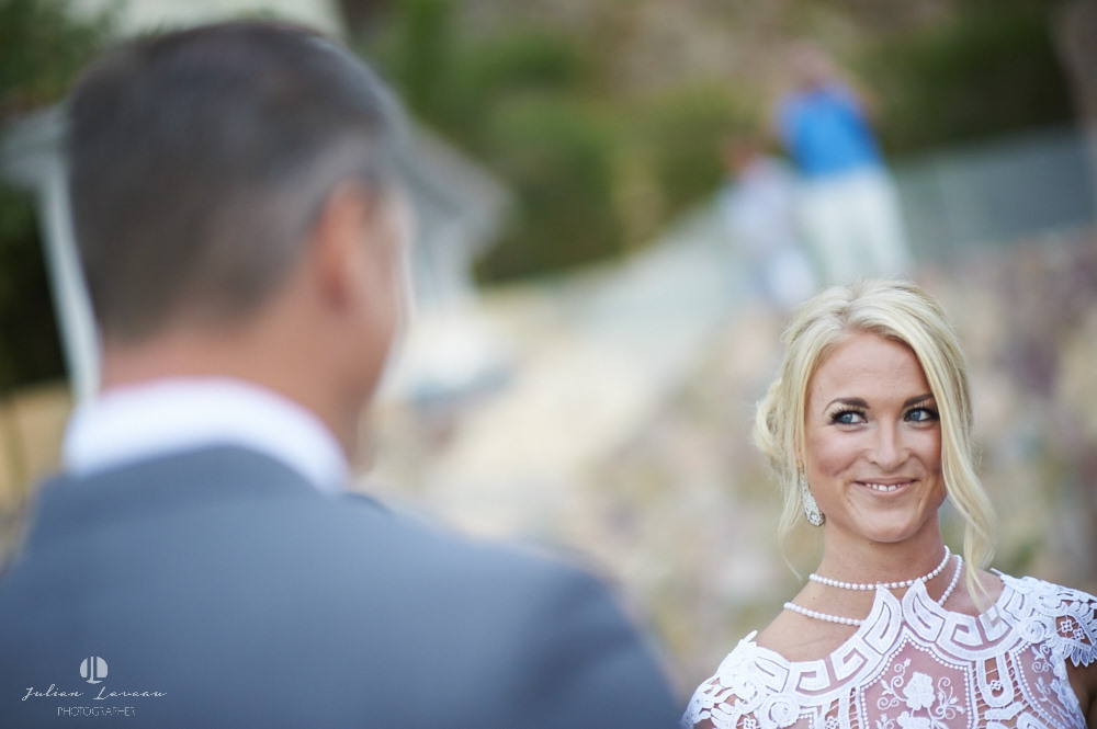 Wedding photographer - Ceremony on the beach