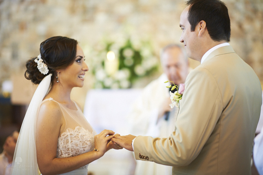 Professional wedding photographer - La Cruz de Huanacaxtle at Vallarta Gardens - Vows