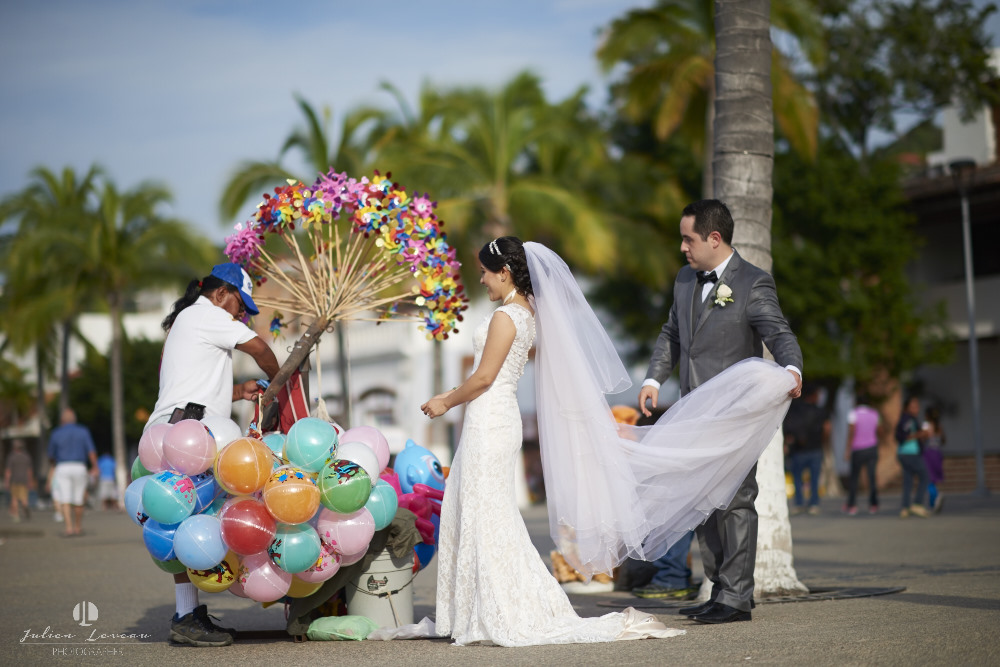 Professional Photographer - Wedding at Grand Velas Puerto Vallarta Malecon