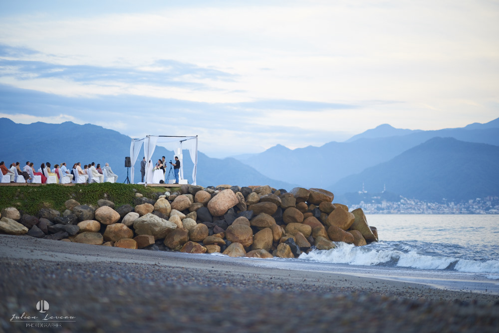 Professional Photographer - Wedding at Grand Velas Puerto Vallarta altar on the beach