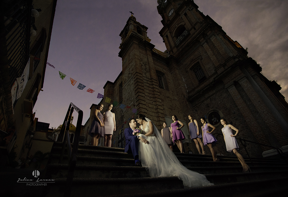Professional wedding photographer in Puerto Vallarta - Fine art church parroquia guadalupe
