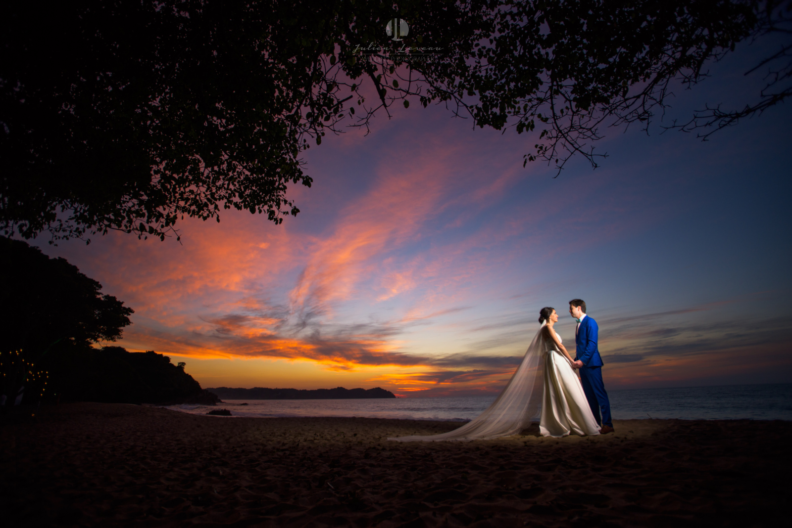 Wedding Photographer in San Pancho Nayarit - Beautiful sunset on the beach