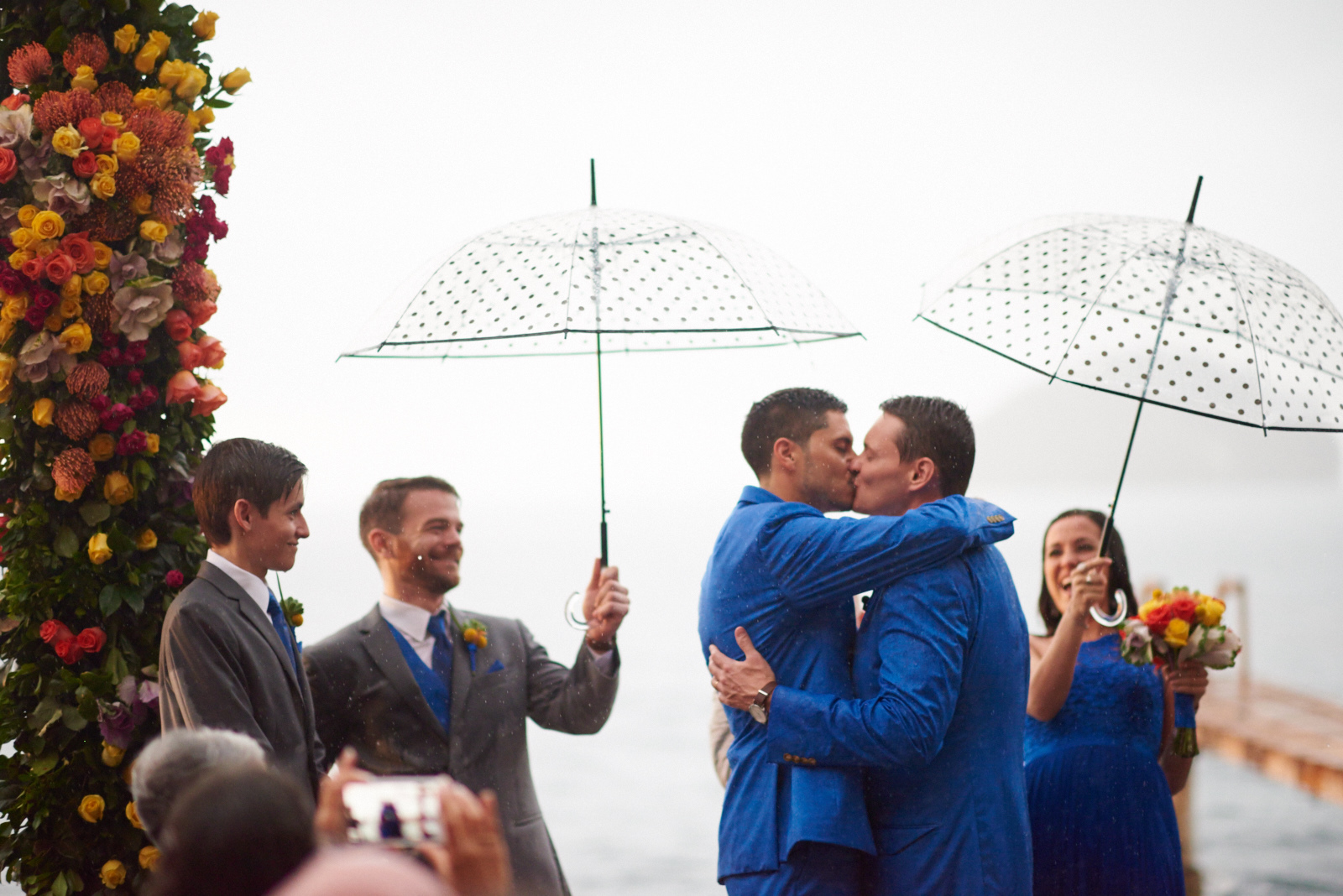 Wedding photographer in Puerto Vallarta, Sayulita, Punta Mita, Nayarit, Mexico - LGBT same sex mariage - couple kissing