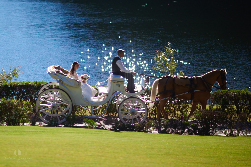 Professional Photographer – Romantic wedding at Sierra Lago, Jalisco, Mexico - coach by the lake
