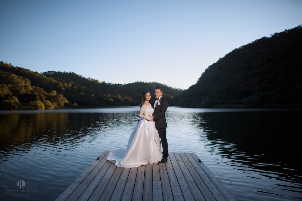Professional Photographer – Romantic wedding at Sierra Lago, Jalisco, Mexico - nice couple by the lake