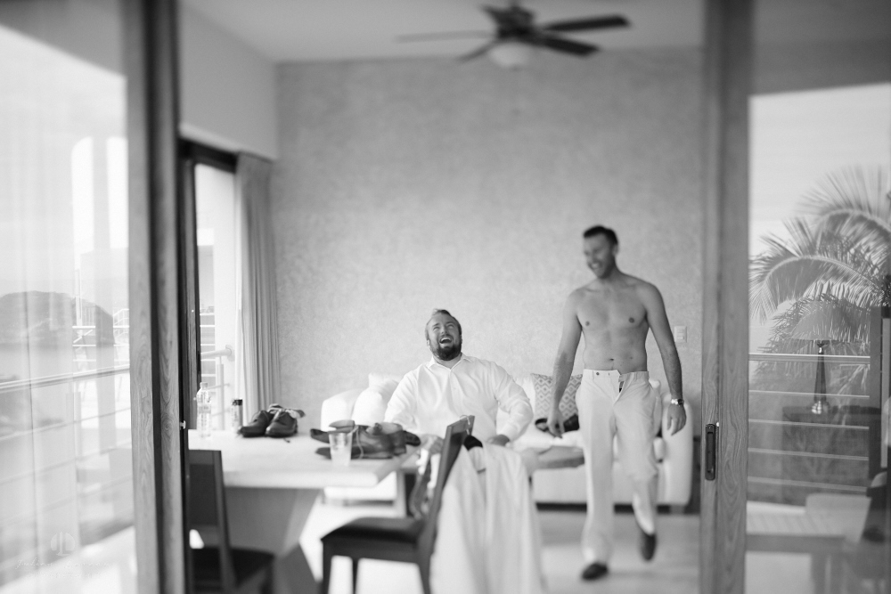 Professional Photographer in Puerto Vallarta - Real Wedding at Casa Karma - Getting dressed