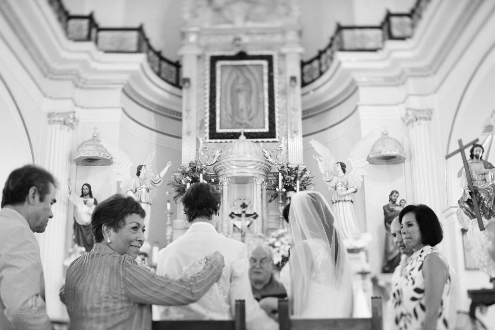 Professional Photographer in Puerto Vallarta - Real Wedding at Casa Karma - Ceremony B&W