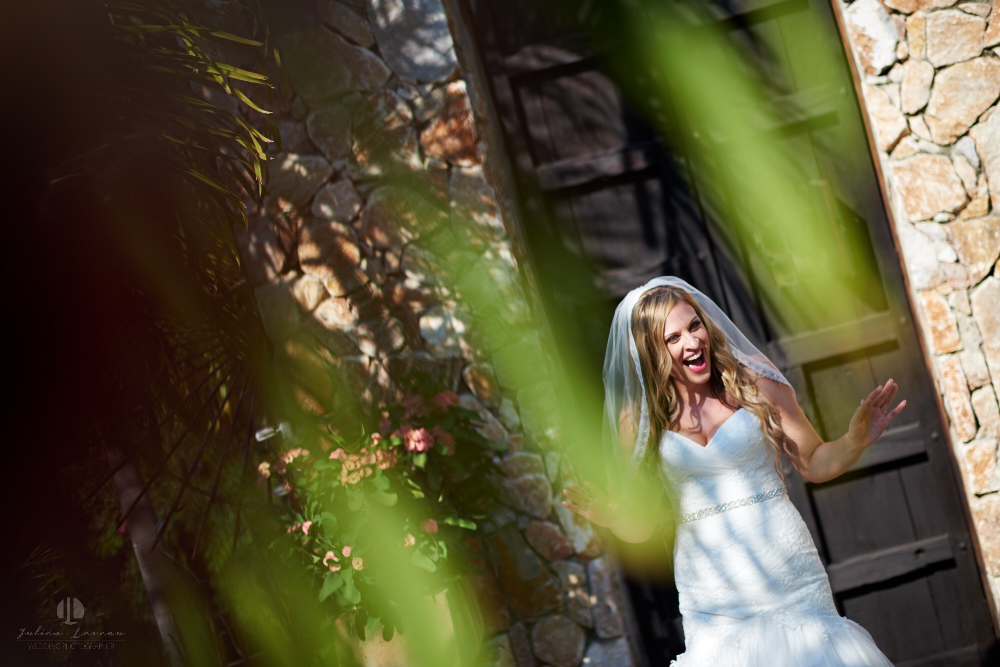 Professional Photographer in Sayulita, Nayarit - Destination Wedding Mexico - Getting ready Photo-journalism chic and boho