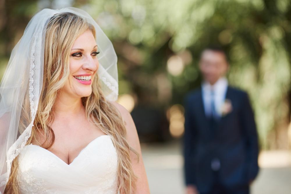 Professional Photographer in Sayulita, Nayarit - Destination Wedding Mexico - bride smiling