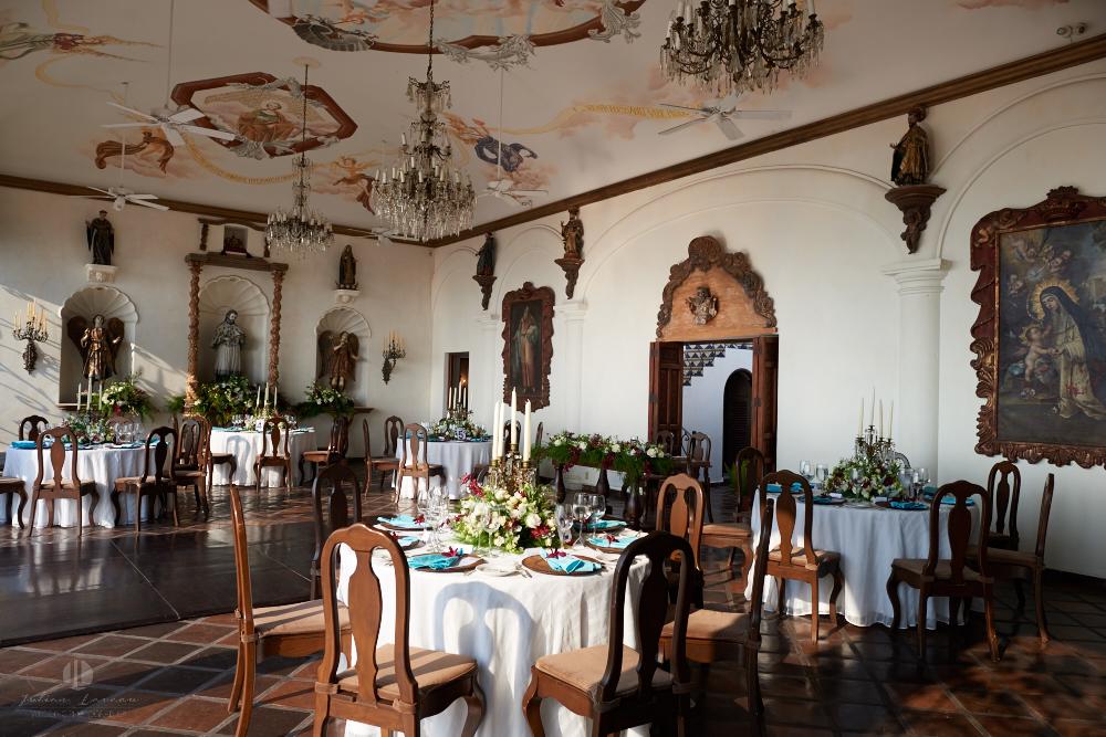 Professional wedding Photographer in Puerto Vallarta - Hacienda San Angel - wedding planner eventives dinner reception idea