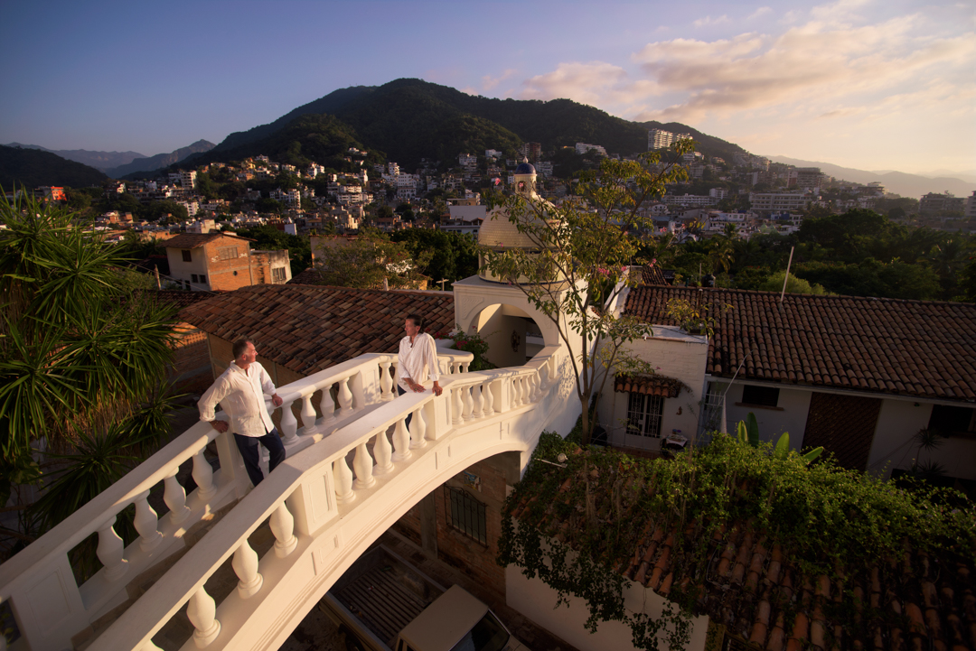 Wedding photographer in Puerto Vallarta - LGBT couple in hacienda san angel bridge of love