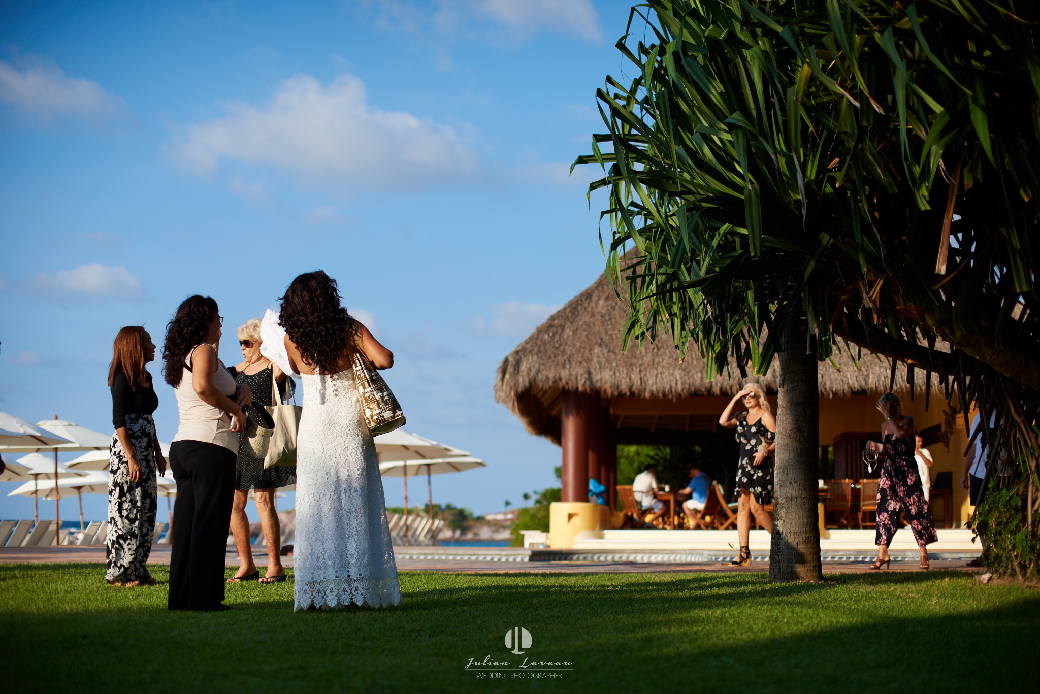 Punta Mita photographer - wedding at the beach club