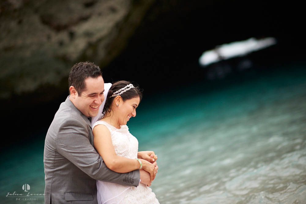 Professional Photographer - Trash the dress in Marietas Islands, Punta Mita