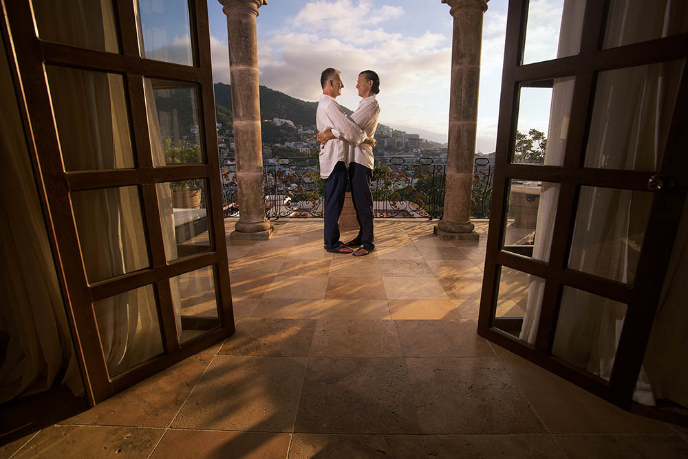Romantic photo session at Casa Kimberly, Puerto Vallarta
